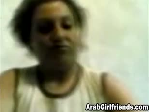 Gassy arab girlfriend bjs meatpipe and gets white-hot gash packed to the max