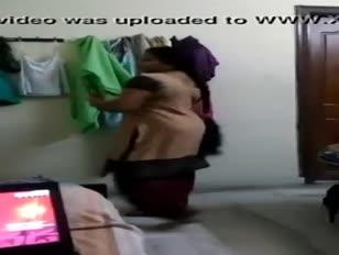 Www.jizz.mobi xxx-video-mobile-load...inda